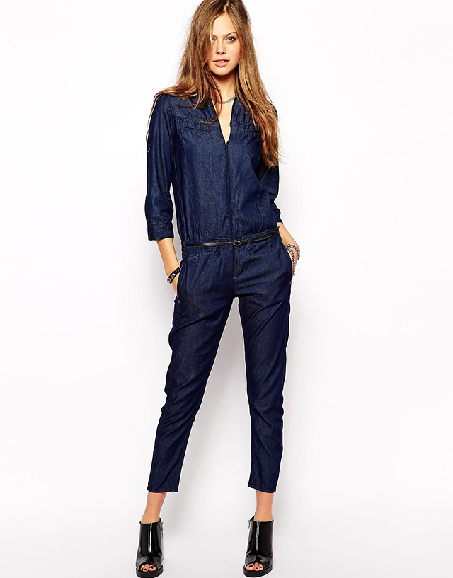 Beyonce Wears Custom Diesel Denim Jumpsuit On Tour | The Jeans Blog