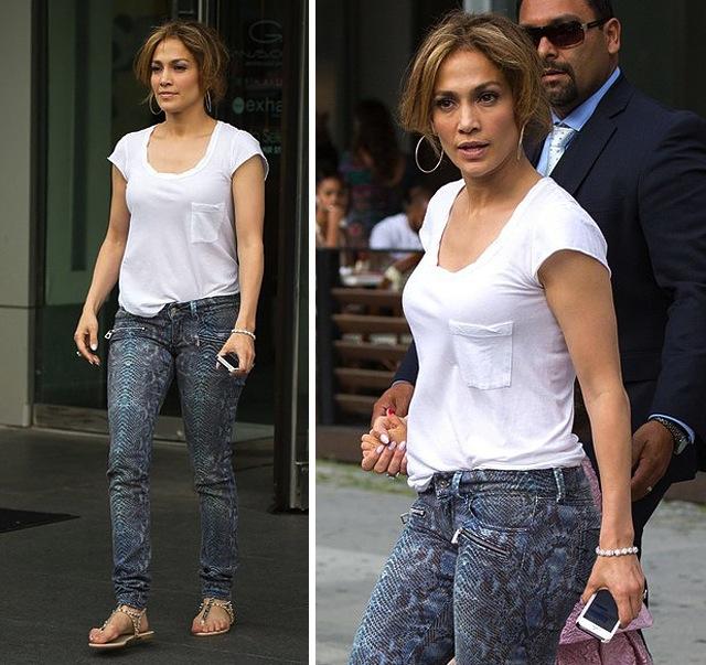 jennifer-lopez-jlo-barbara-bui-croc-embossed-jeans