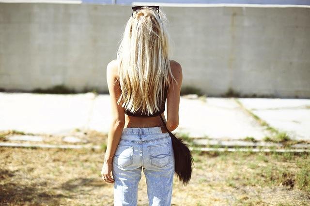 peace-love-shea-abercrombie-jeans