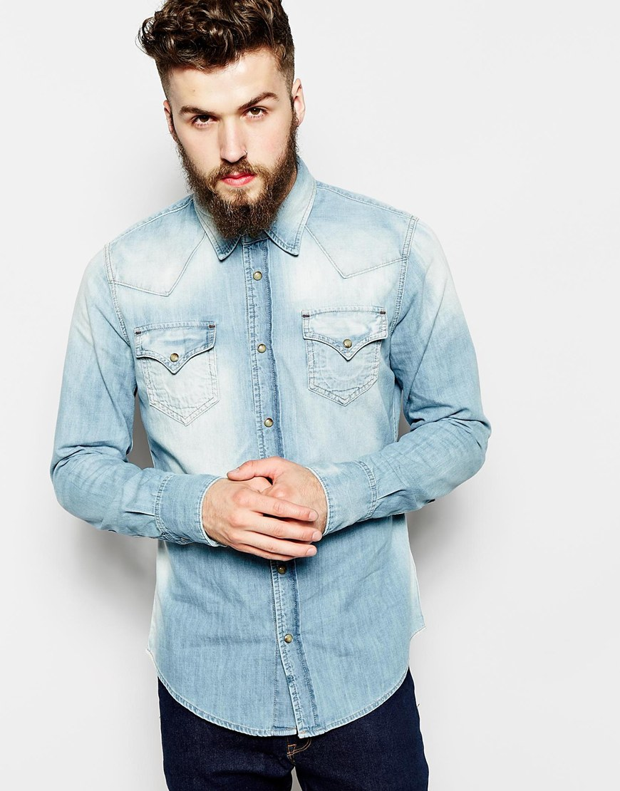 10 men 39 s long sleeve denim shirts for summer the jeans blog for In style mens shirts