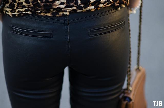 blank-nyc-daddy-soda-moto-vegan-leather-jeans-pockets