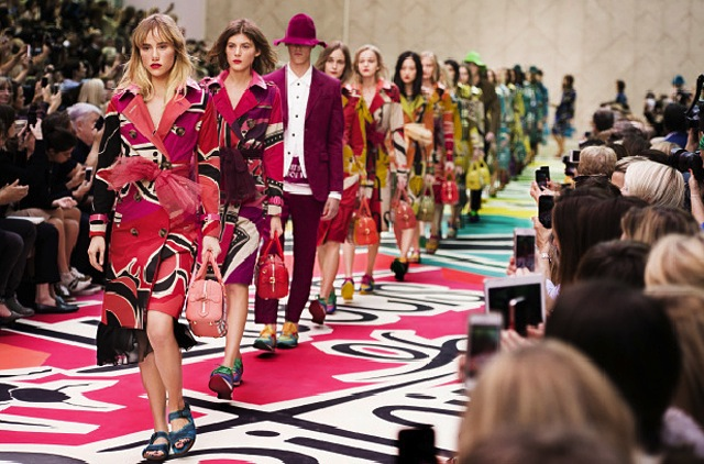 Burberry-ss15-finale