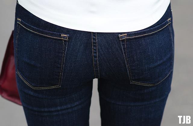 frame-denim-jeans-back-pockets