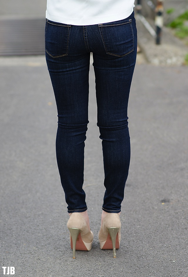 frame-denim-jeans-back