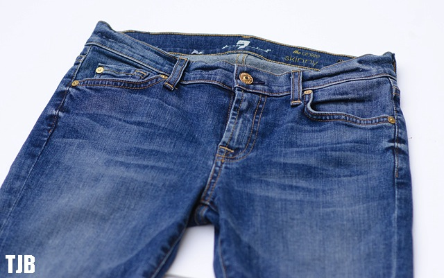 7-for-all-mankind-the-skinny-frayed-hem-jeans