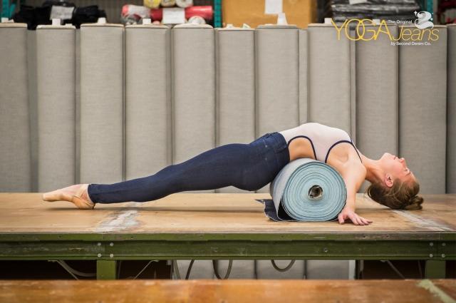 yoga-jeans-stretch