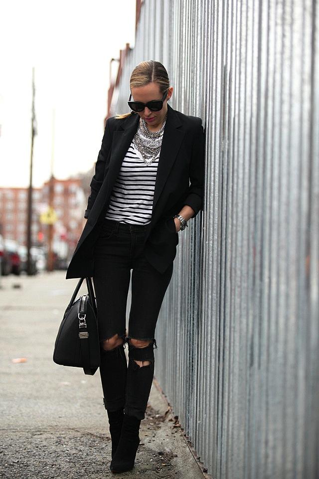 brooklyn-blonde-black-jeans