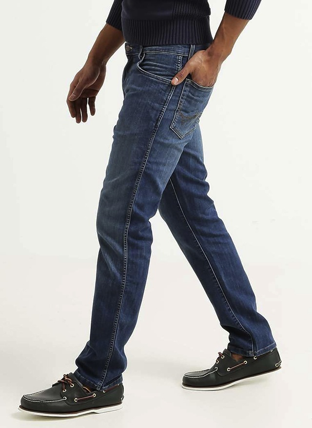 Wrangler-Jeans-Texas-Stretch-Denim-2