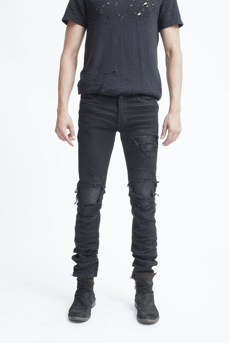 denim jeans This season's jeans at zara online to stay up to date with the trends free delivery to try them on at home.