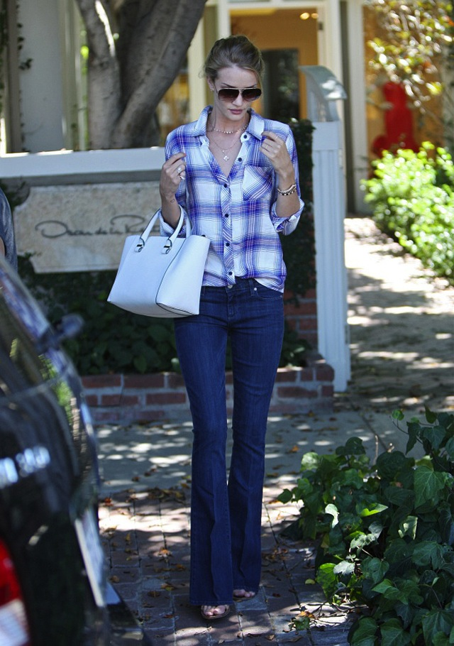 rosie-huntington-whiteley-paige-jeans