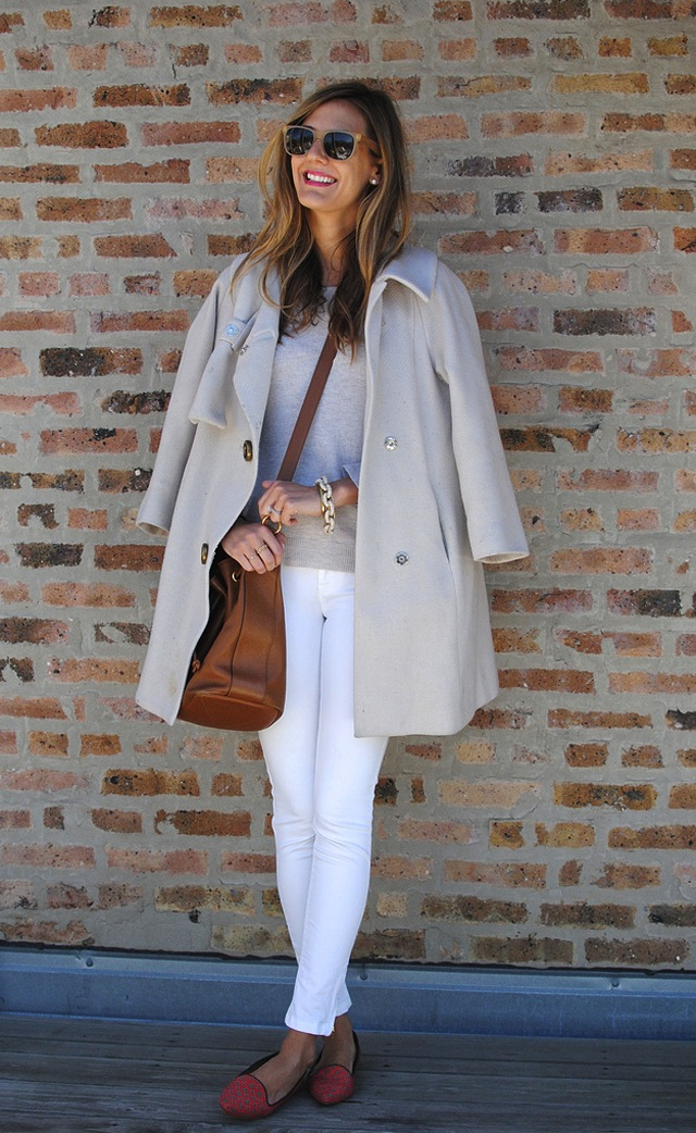 How To Wear White Jeans For Fall Winter