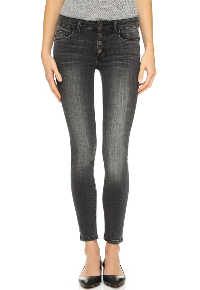 The best fitting jeans for women! Our women's jeans come in a variety of denim fits and lengths. angles. For comfy wear, our Boyfriend cut blends casual denim with on-trend fashion. Try our jeggings to keep a classic denim look while adding stretch and mobility. our black and grey styles keep a business-casual profile for the modern.