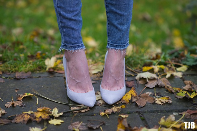 Joe's Jeans The Finn Ankle Skinny Jeans in Shaye Denim Review Frayed Hems