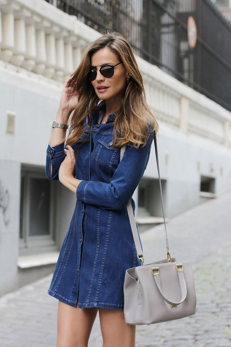 Find the latest and trendy styles of denim dress at ZAFUL. We are pleased you with the latest trends in high fashion denim dress.