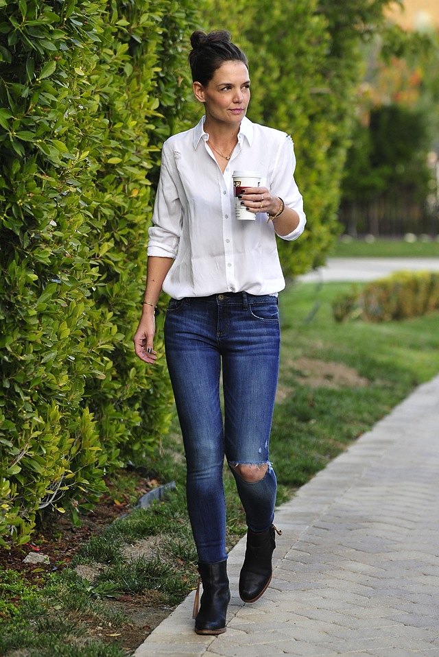 Get Casual Denim Jeans Style Like Katie Holmes The Jeans