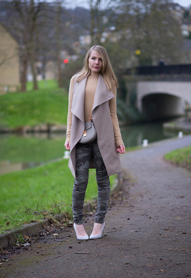 uk-fashion-blogger-all-saints-coat-skinny-jeans