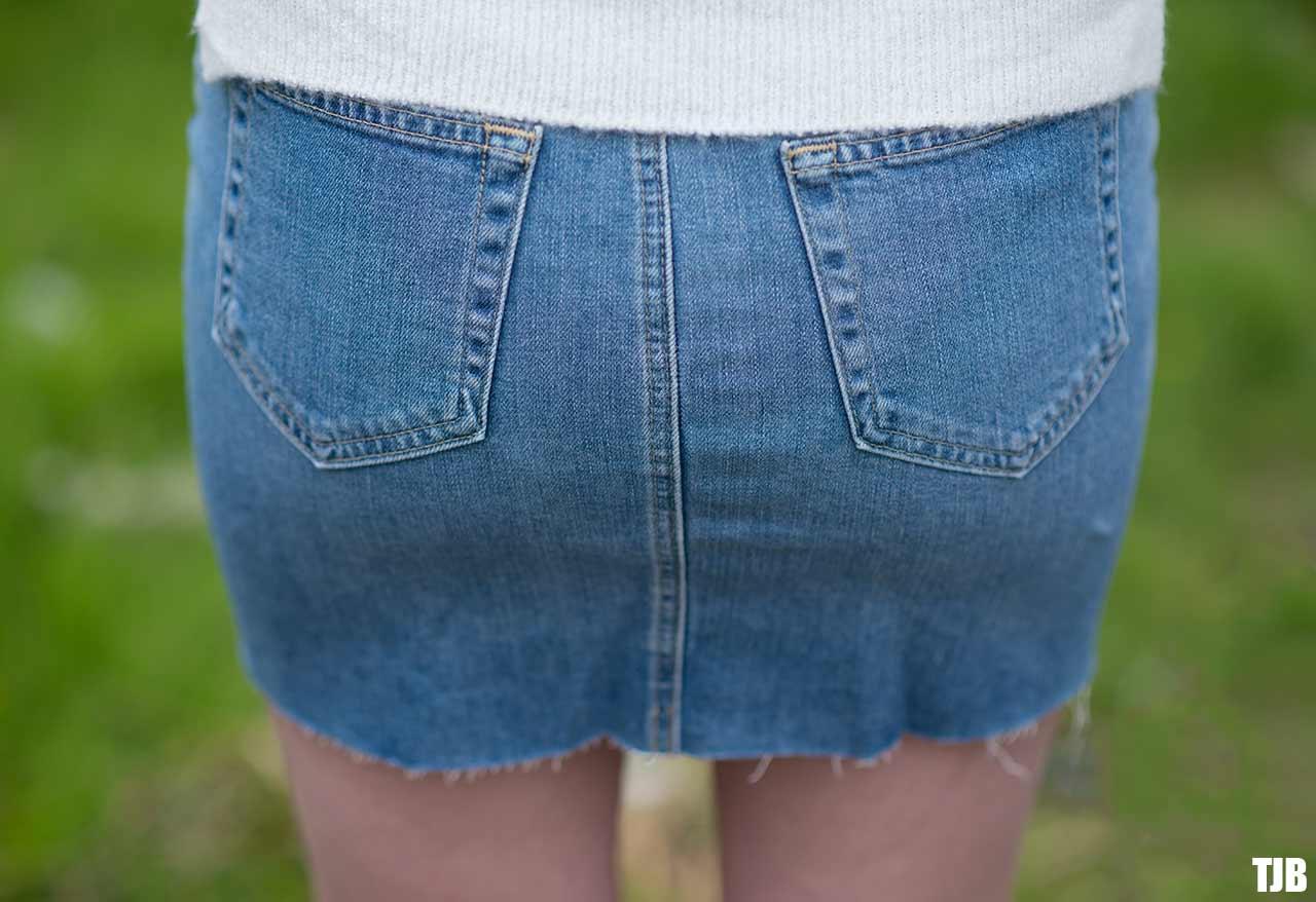 AG-sandy-mini-denim-skirt-review-6