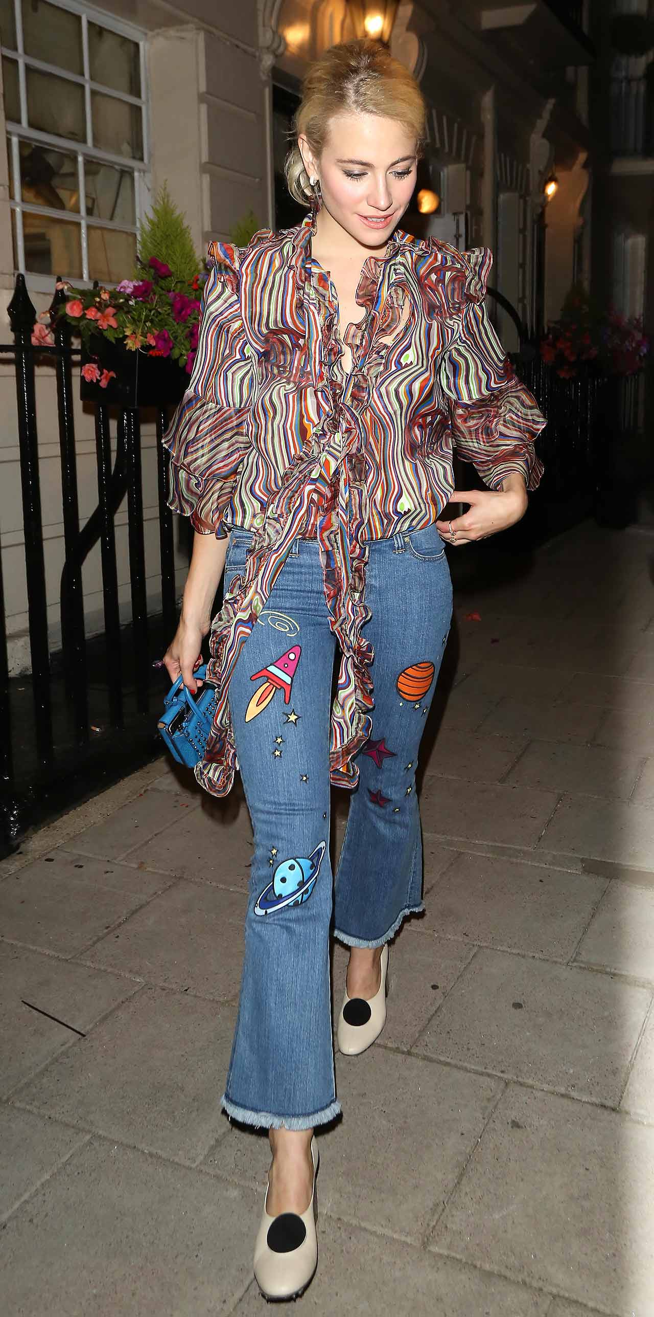 pixie-lott-lee-house-of-holland-planet-space-jeans