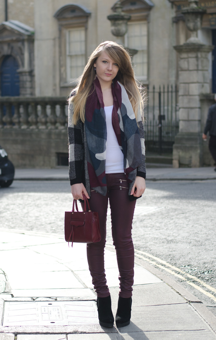 lorna-burford-jeans-cardigan-outfit