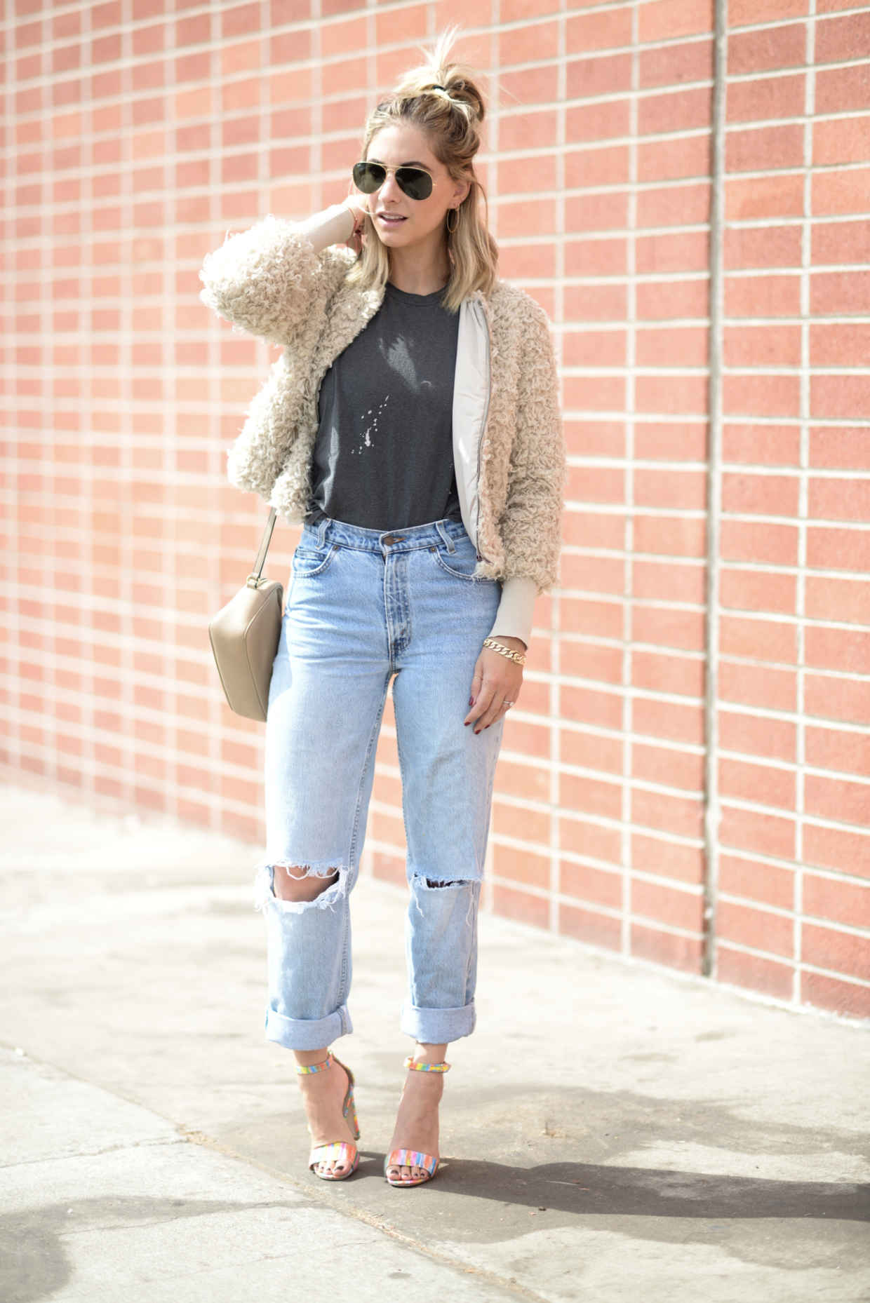 cupcakes and cashmere levis jeans