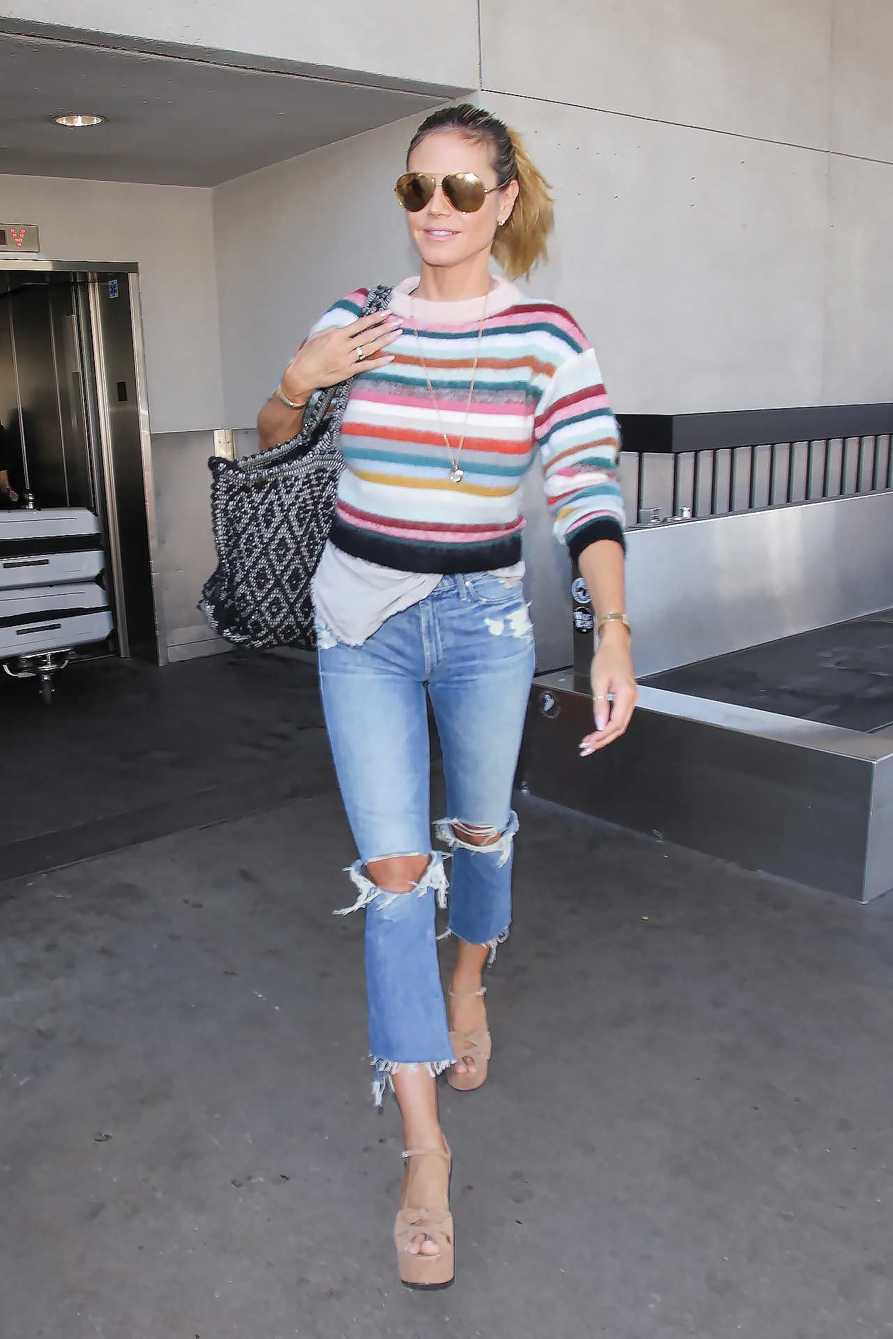 heidi-klum-mother-denim-jeans-2