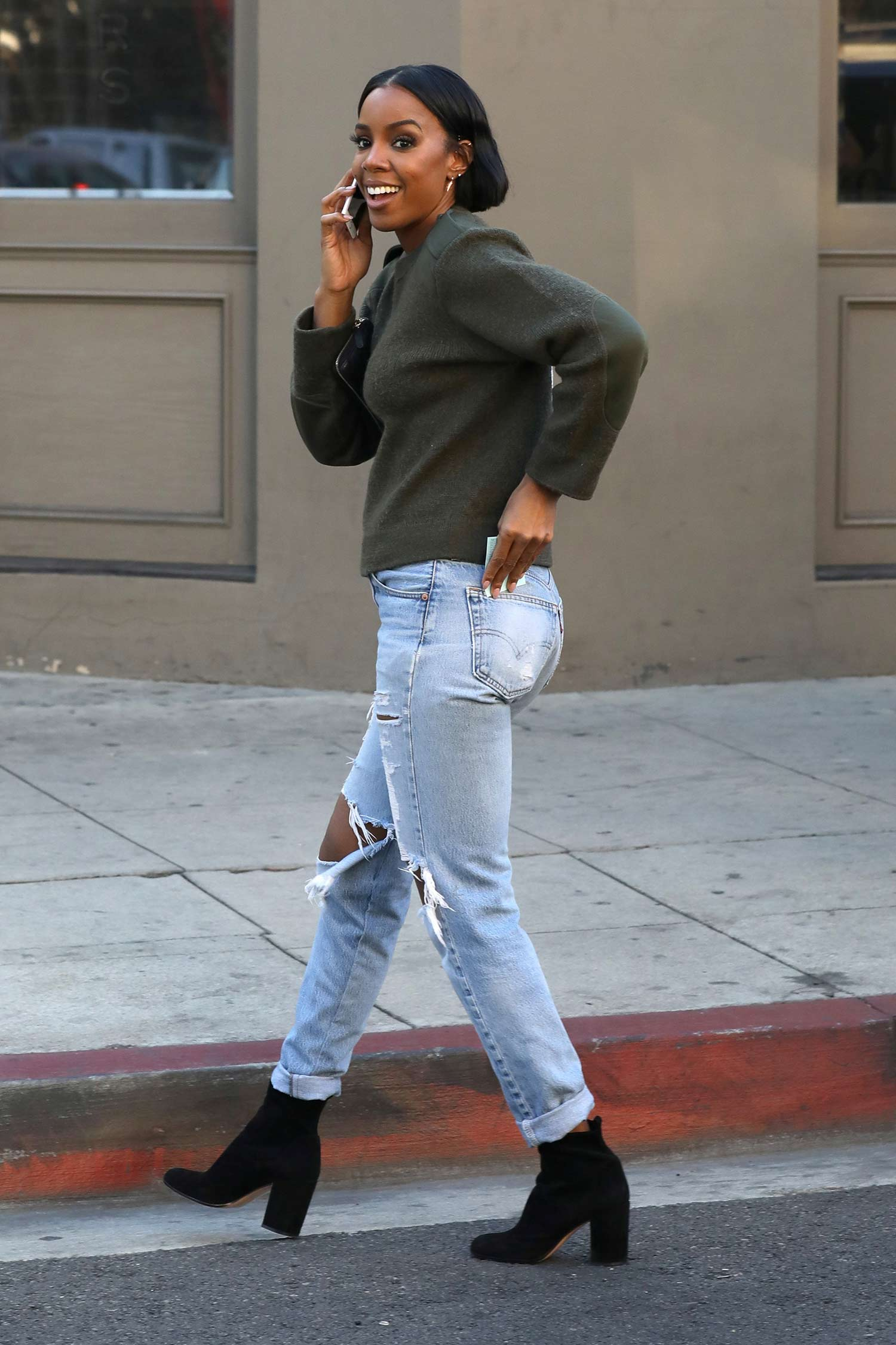 kelly-rowland-levis-jeans-2