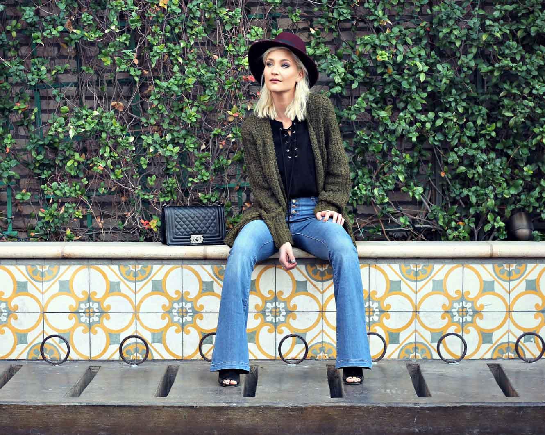 the-nomis-niche-flare-jeans