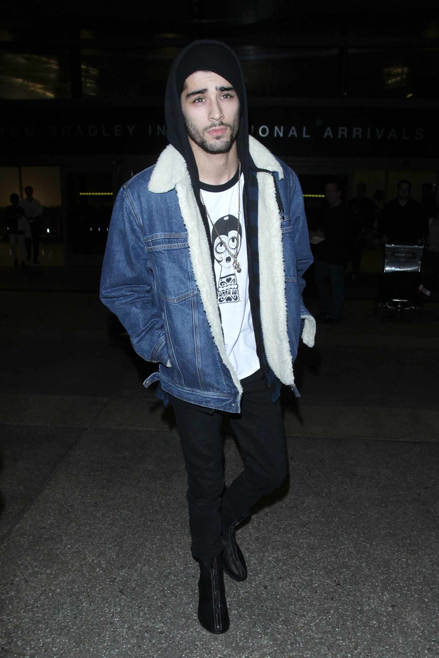 zayn-malik-denim-shealing-jacket
