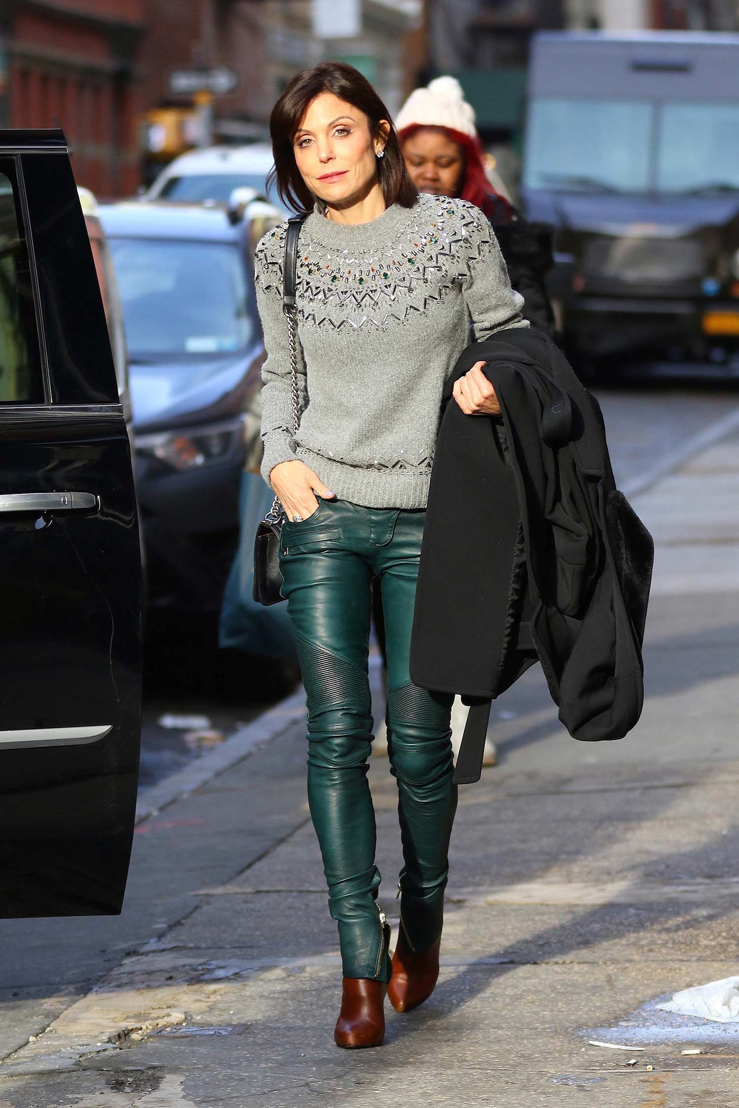 bethenny-frankel-balmain-green-emerald-leather-moto-biker-pants