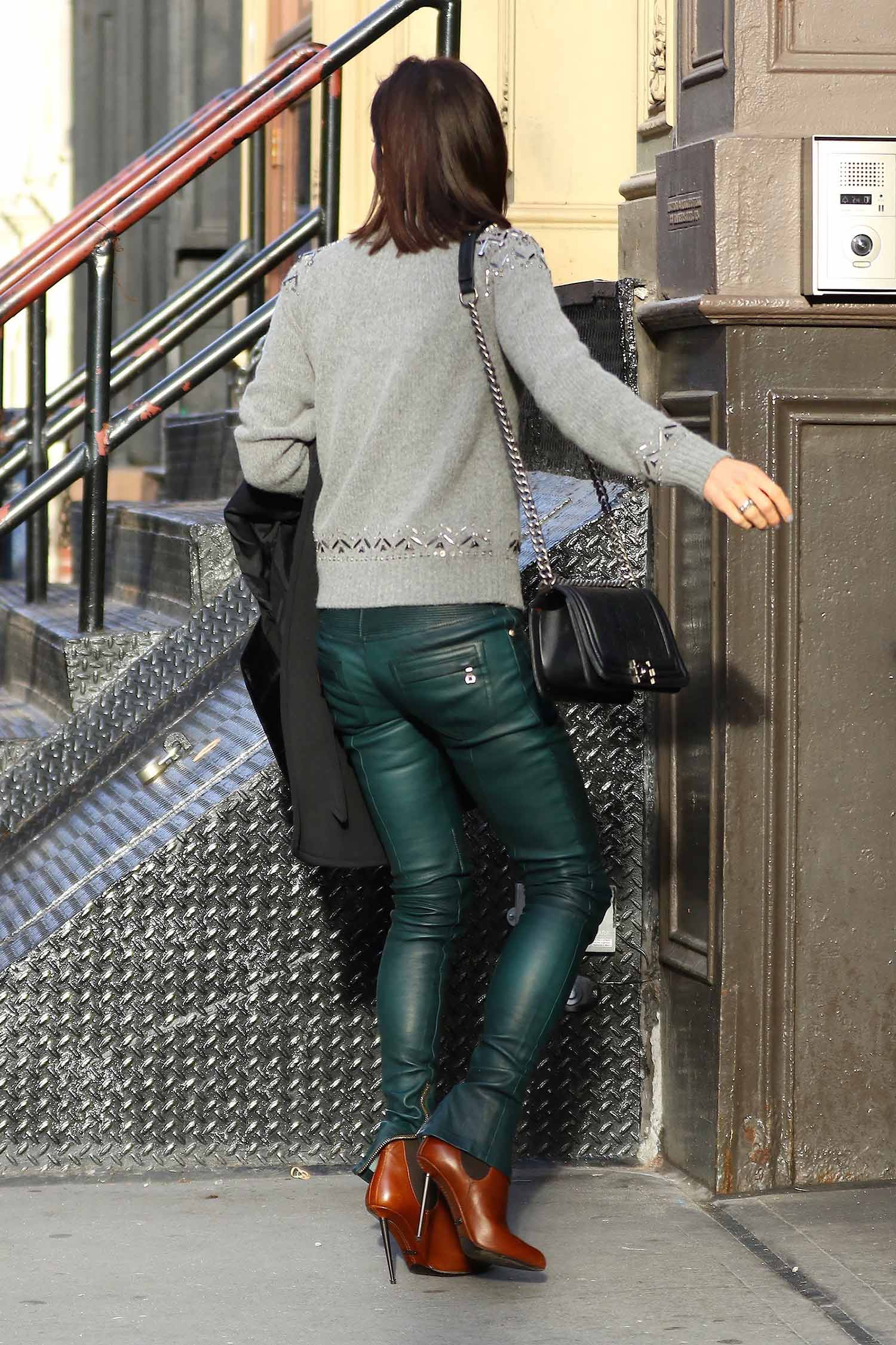 bethenny-frankel-balmain-leather-pants-green