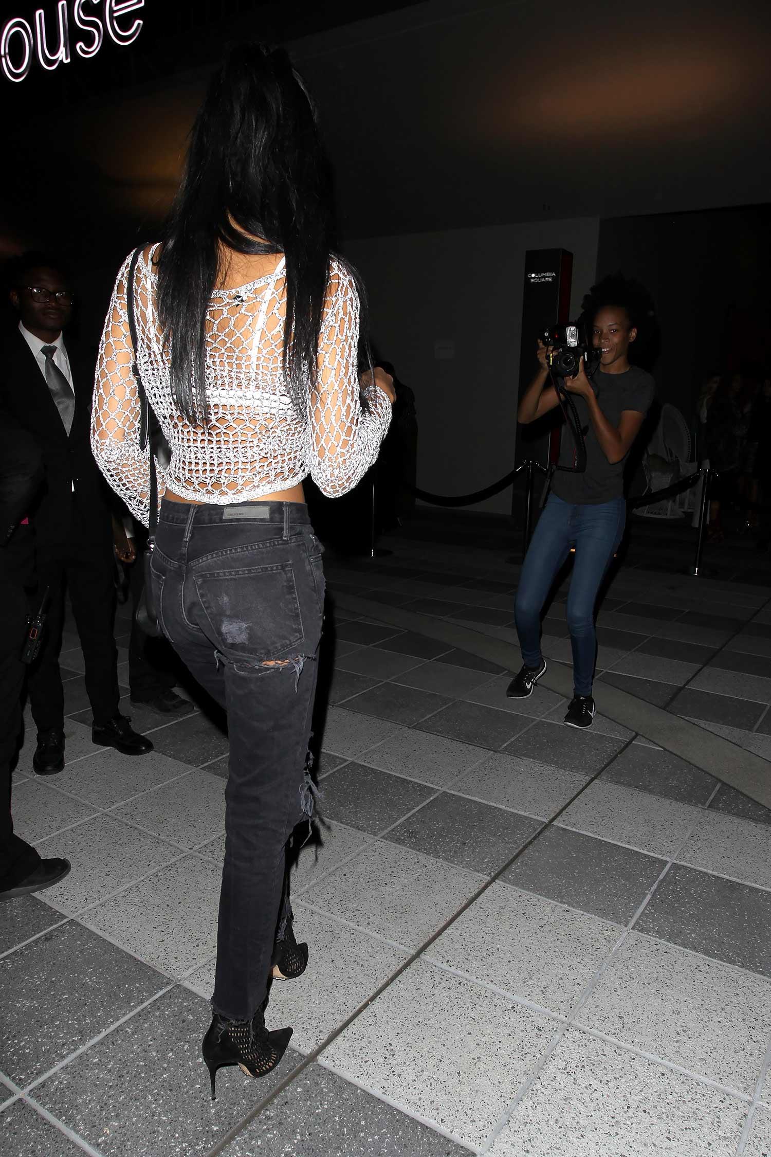 chanel-iman-grlfrnd-jeans