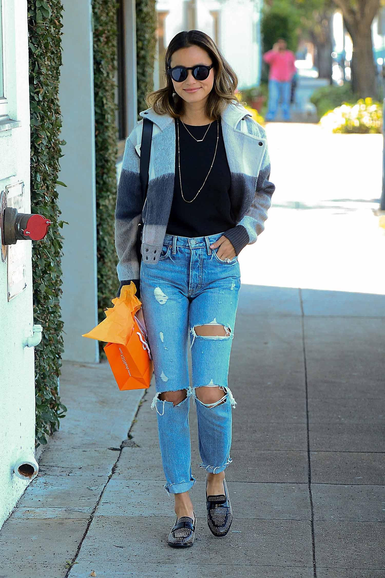 jamie-chung-grlfrnd-jeans