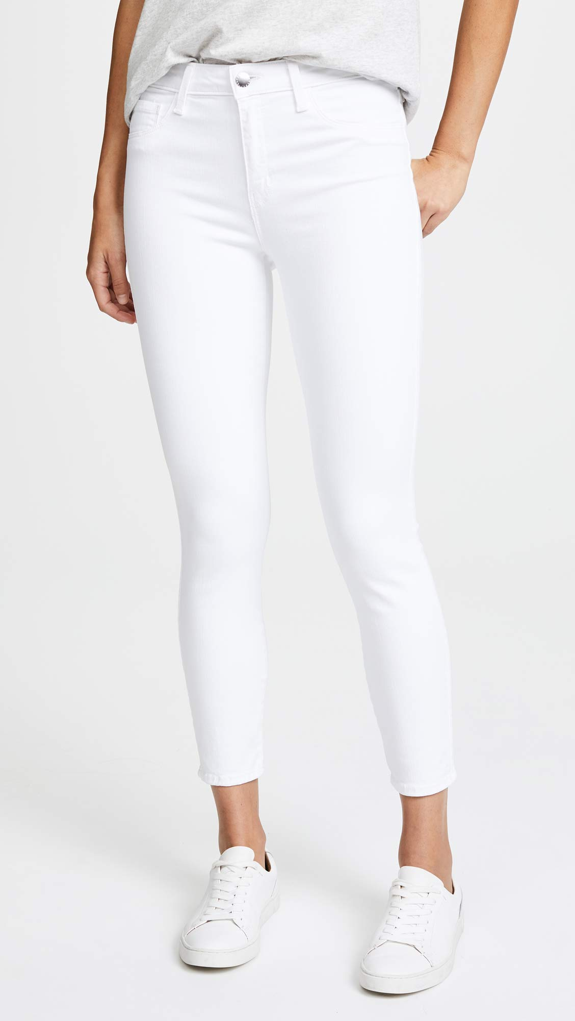 Are These The Perfect White Skinny Jeans For Summer?